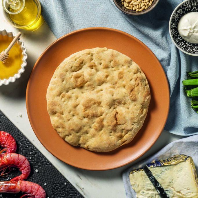 Scopri le basi per pizza gourmet precotta di Quelli della Pizza. A lunga lievitazione per un risultato soffice e leggero.